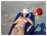 Topless_Beaches_M897h.jpg